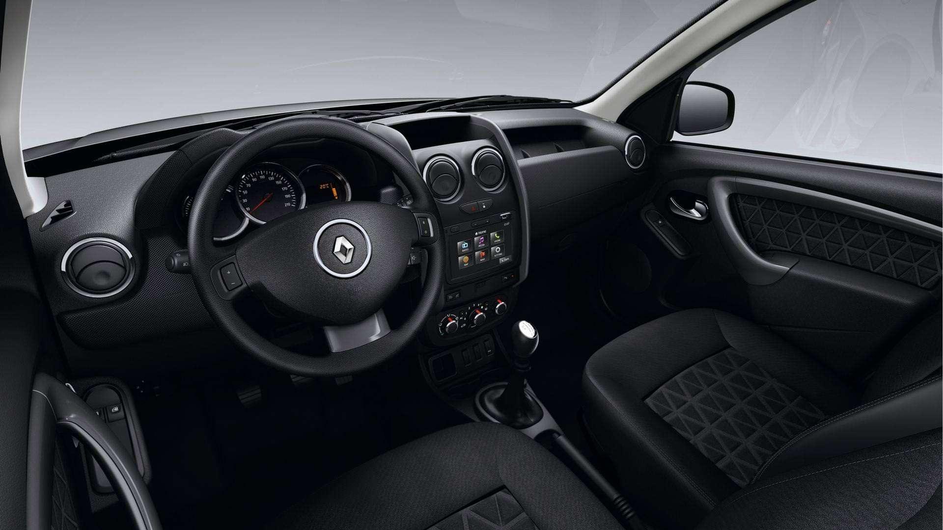 Комфорт і практичність Renault Duster
