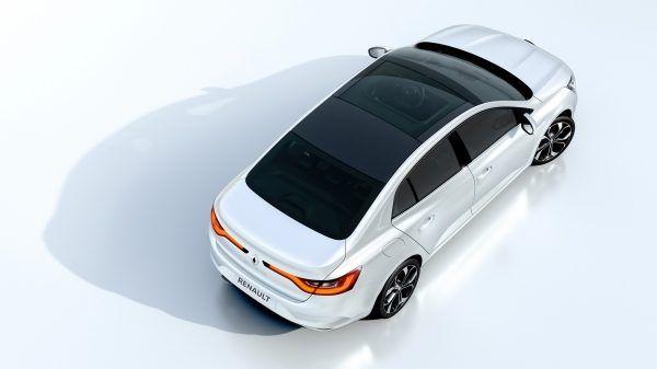 Новий Renault MEGANE Sedan оснащений панорамним люком