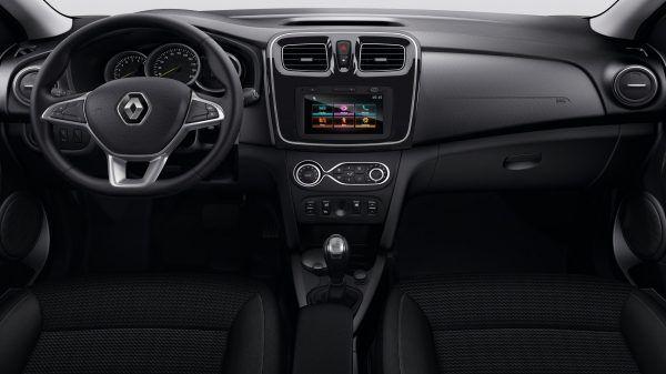 Руль и сиденье водителя с регулировкой высоты