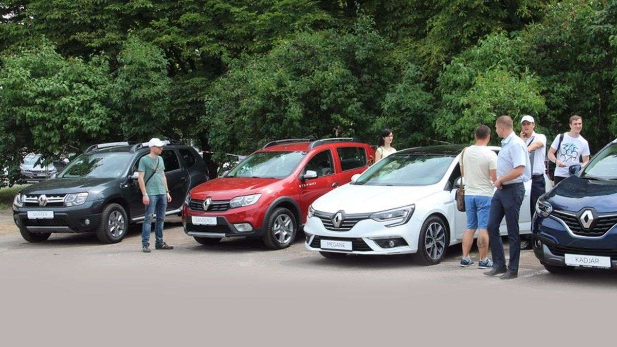 БРЕНД RENAULT НА ФЕСТИВАЛІ НОВИХ АВТО NEW CARS FEST 2017