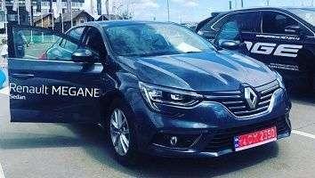 «Автомобильный Мегаполис НИКО» провел выездной тест-драйв в Мануфактуре Outlet Village