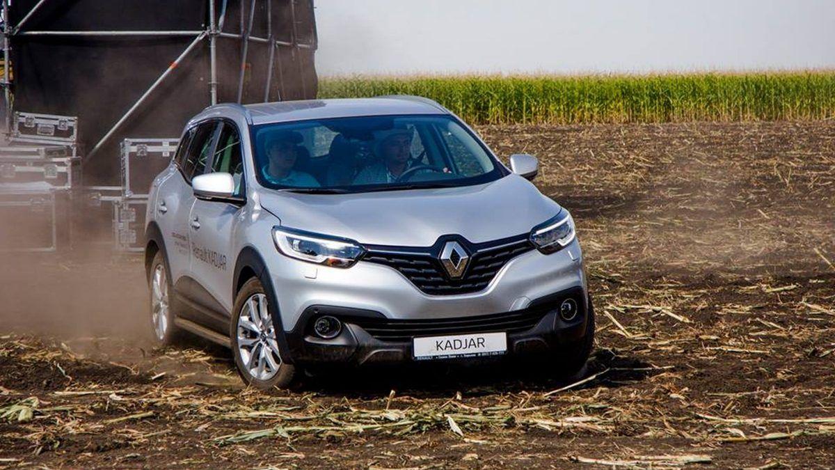 Автомобили Renault покоряют поля Украины