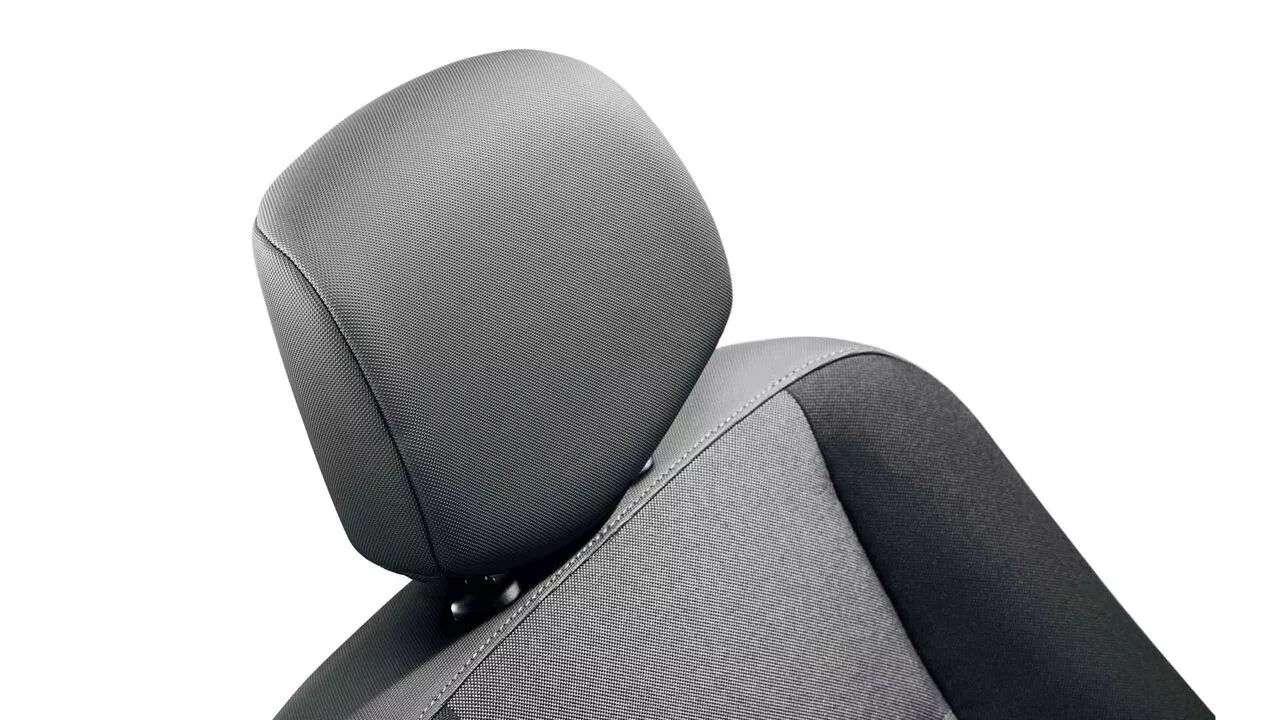 Сидіння водія підвищеного комфорту з регулюванням амортизації