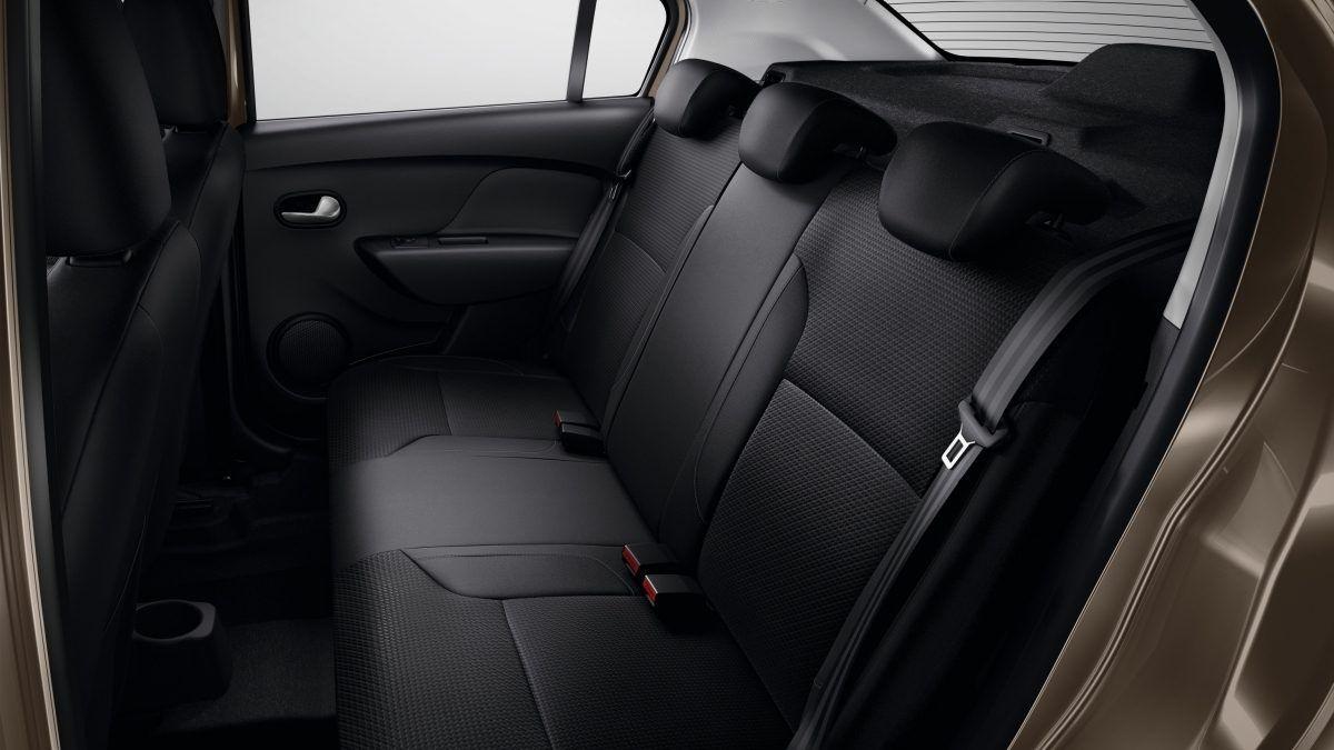 Дизайн інтер'єру Renault Logan