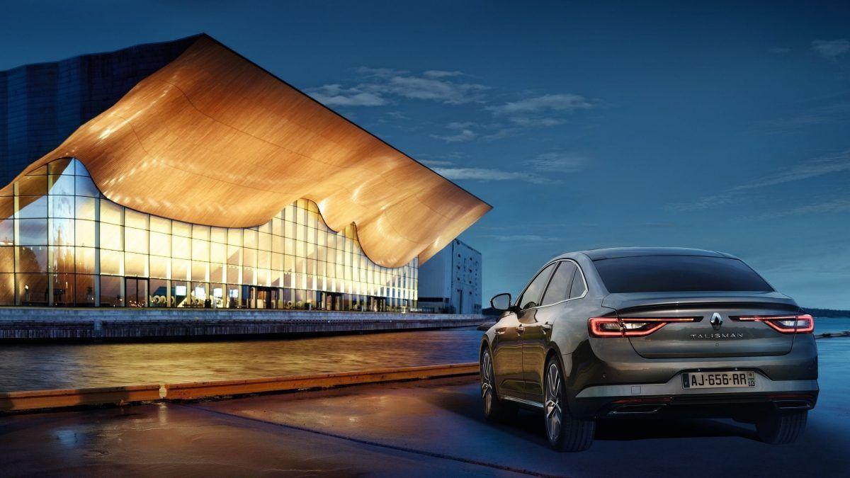 Перший Renault Talisman вирушив до посольства Франції в Україні