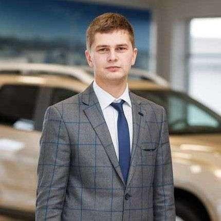 Назар Домащук – менеджер з продажу
