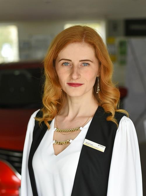 Менеджер з продажу авто: Костюк Руслана Леонідівна
