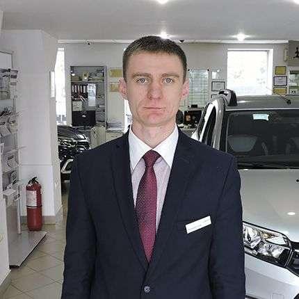 Жовнерук Сергій – менеджер з продажу